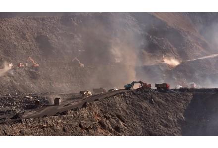 西班牙环保人士要求关闭该国所有矿山