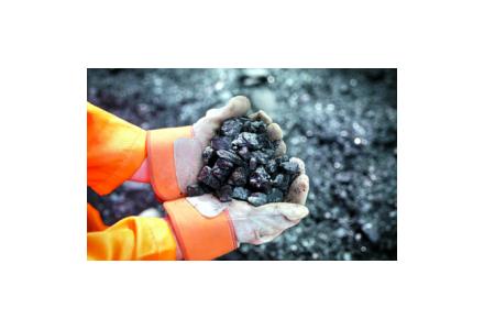 铁矿石库存与价格同涨