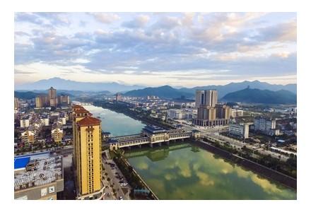 江西德兴:从铜都到绿色产业 资源型城市如何走出新路