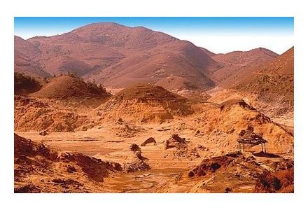 几内亚金波铝土矿项目港口建设启动