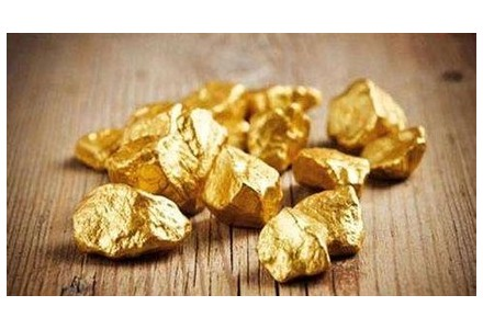 黄金:避险属性不敌美元压制 金价或将继续震荡下跌