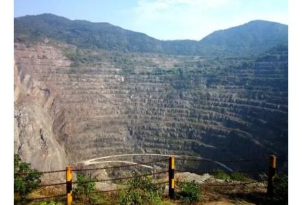 442个废弃露天矿山生态修复明年底完成
