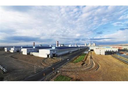 东兴铝业公司成功研制新型胶质水基石墨涂液