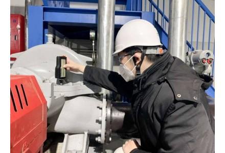 """疫情叠加""""价格战""""掀动油市 新版中国油气产业发展蓝皮书发布"""
