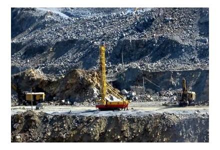 铁矿石吨价越过120美元大关 钢市上行还会远吗?