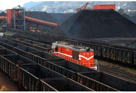 日耗回升缓慢 电煤库存高位运行
