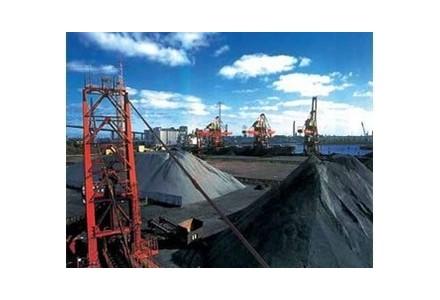 四川对所有合法生产煤矿安全标准化 实行分级考核定级 划分3个等次,新增10项否决条件