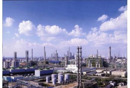 上海石化:优化油种 增产沥青