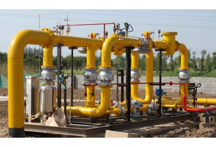 美国天然气期货因存储增加而跌至六周低点
