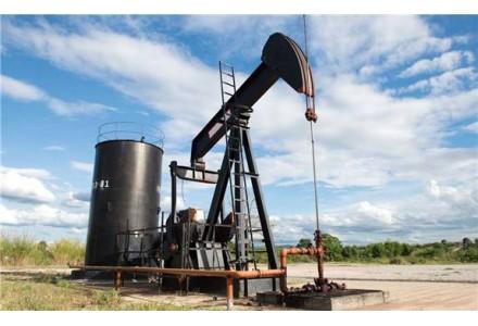 原油需求低迷 埃克森美孚38年来首次不涨分红