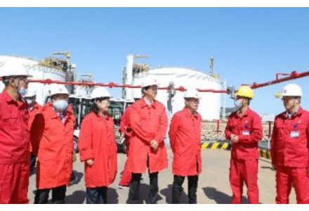 俄巴将于明年7月开始建设长1100公里的液化天然气管道