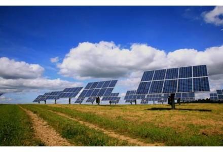 油气巨头入股投资太阳能行业