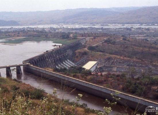 刚果总统齐塞凯迪预计在十年内将一半的人口接入电网